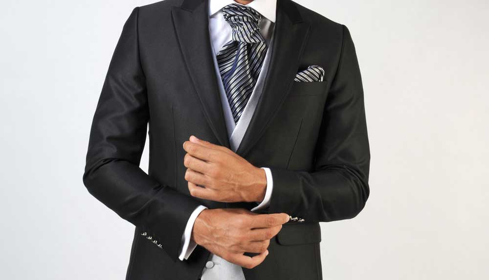 ¿De qué color elegir el chaleco y la corbata? El color gris