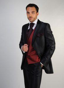 trajes-de-novio-detiqueta-chaleco-color-vino-madrid-zaragoza-3