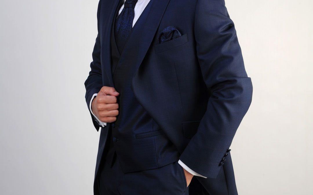 ¿Comprar o alquilar el traje de novio?