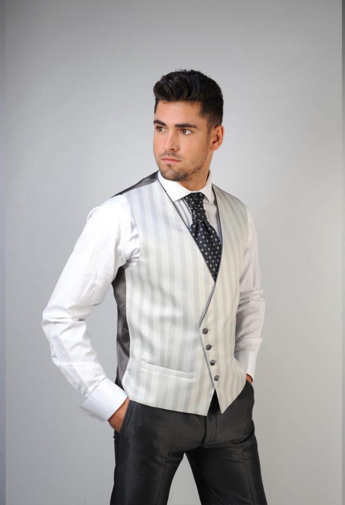 trajes-de-novio-en-zaragoza-y-madrid--detiqueta-1
