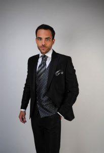 trajes-de-novio-en-zaragoza-y-madrid--detiqueta-color-oscuro2