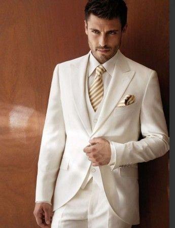 traje de novio blanco